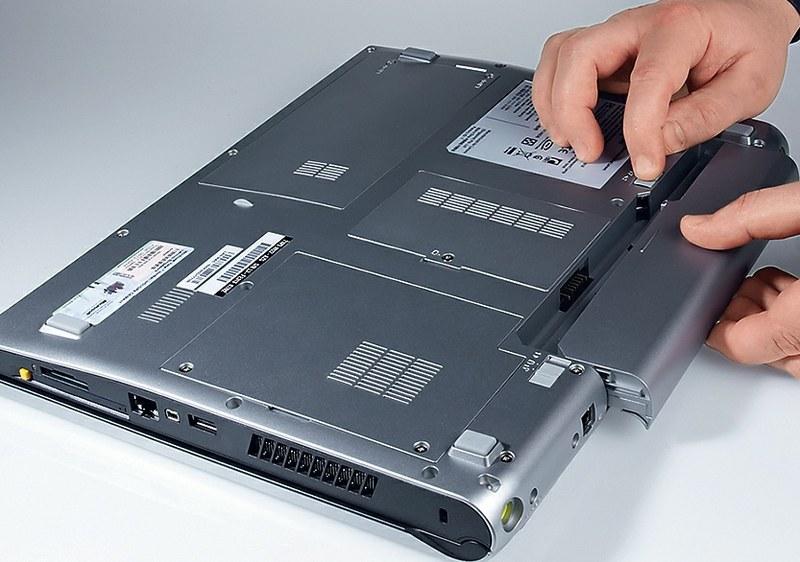 Замена аккумуляторов в ноутбуке своими руками