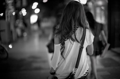 фото со спины.красивые девушки