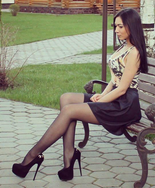 smotret-foto-krasivyx-devushek-chulkax-5