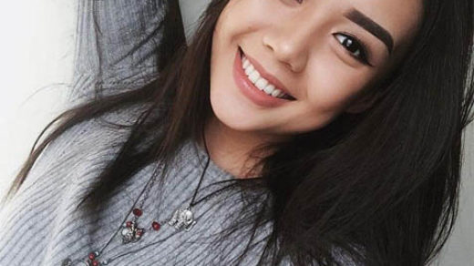 Красивые девушки с очаровательной улыбкой - фото, подборка