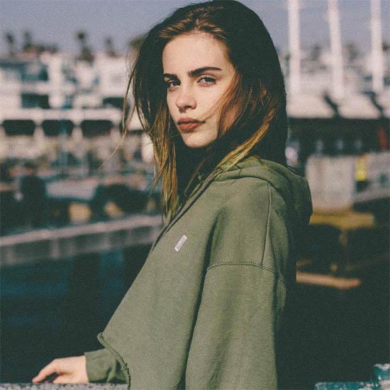Красивые девушки с прекрасной фигурой - фото 27