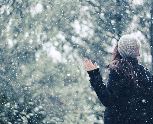 Фото девушек зимой со спины 8