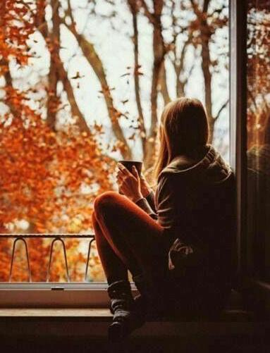 картинки девушки осенью на аву