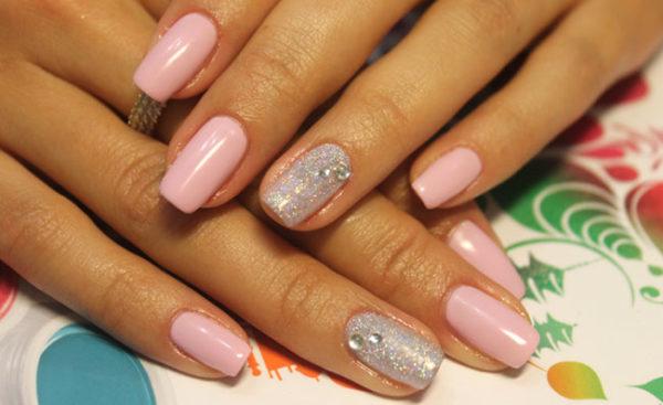 Идея маникюра на короткие ногти фото - красивый дизайн ногтей 2