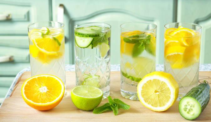 Вода с лимоном натощак - польза и вред, как принимать и пить 3
