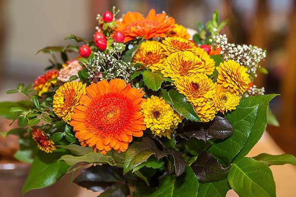 Красивые букеты из живых цветов - фото, картинки, удивительные 15