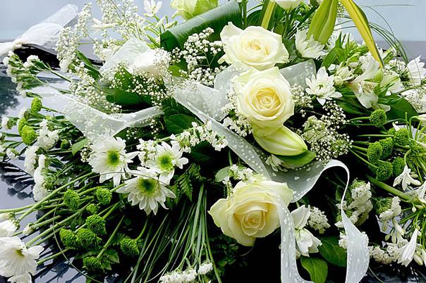 Красивые букеты из живых цветов - фото, картинки, удивительные 17