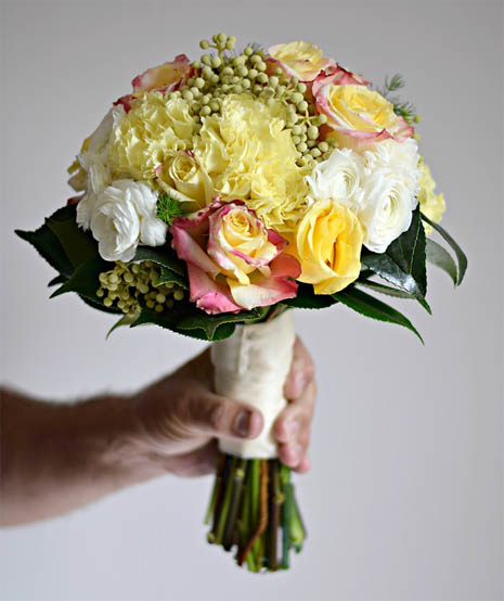 Красивые букеты из живых цветов - фото, картинки, удивительные 5