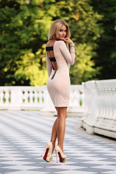 Красивые девушки в платьях фото, прекрасные и милые девушки в платьях 8
