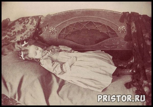 Почему нельзя фотографировать спящих детей