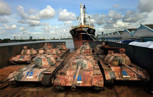Заброшенные военные склады с оружием - фото, картинки, прикольные 11