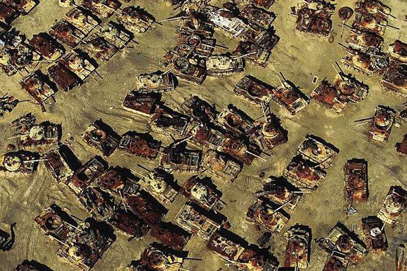 Заброшенные военные склады с оружием - фото, картинки, прикольные 4