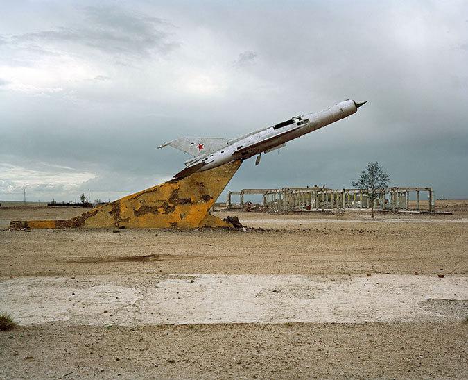 Заброшенные военные склады с оружием - фото, картинки, прикольные 5