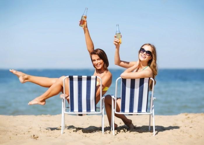 Прикольные фото девушек на пляже - красивые, милые, удивительные 10