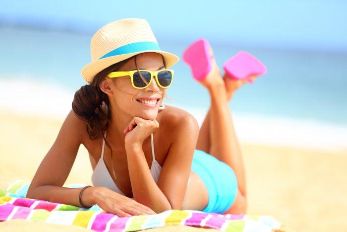 Прикольные фото девушек на пляже - красивые, милые, удивительные 3