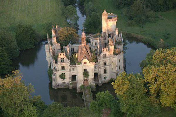 Заброшенные замки мира - красивые и удивительные фото, картинки 14