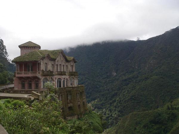 Заброшенные замки мира - красивые и удивительные фото, картинки 11