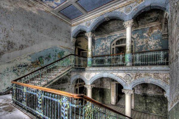 Заброшенные замки мира - красивые и удивительные фото, картинки 12