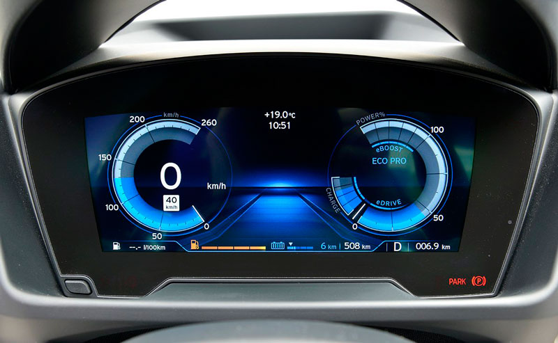 BMW i8 - красивые фото, картинки и фото салона автомобиля 13