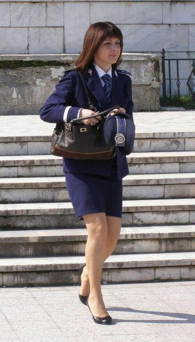 Красивые девушки в форме полиции - смотреть фото бесплатно 14