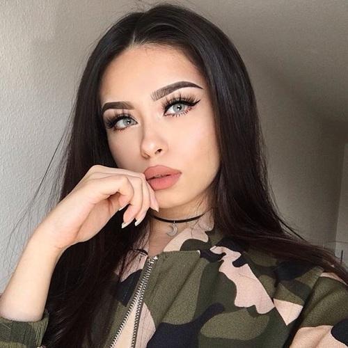 Красивые и очаровательные девушки из соцсетей 11
