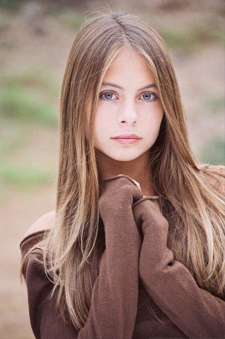 Красивые и очаровательные девушки - смотреть фото бесплатно 17