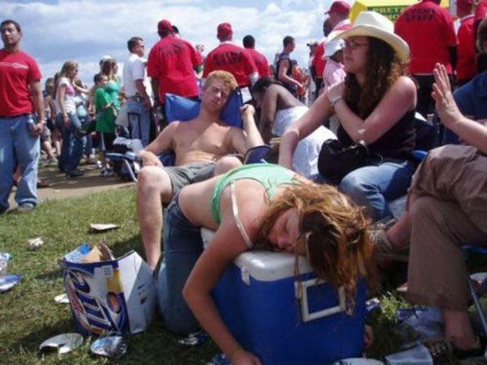 Смешные фото приколы про пьяных девушек - смотреть бесплатно 1
