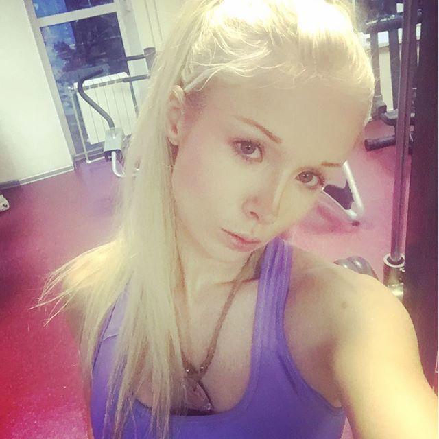 Украинская барби Валерия Лукьянова - фото, без макияжа 2