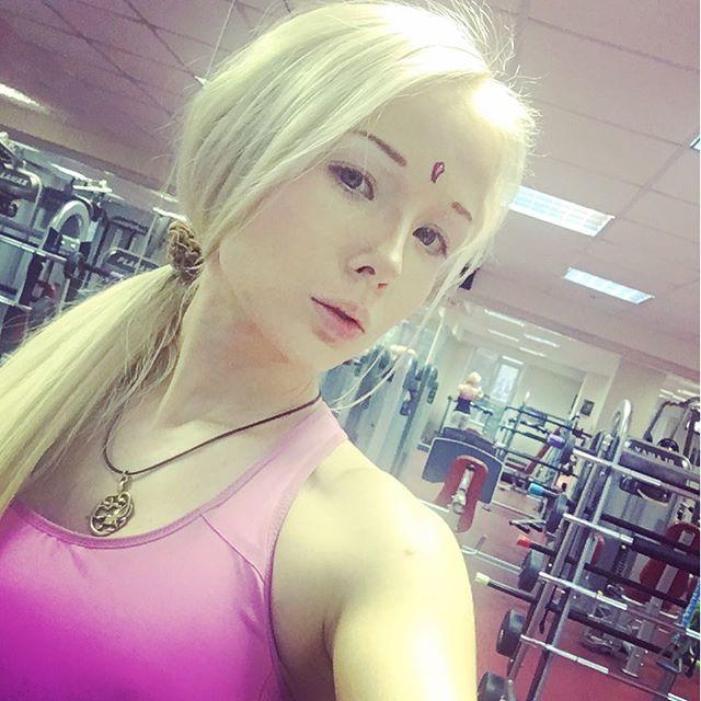 Украинская барби Валерия Лукьянова - фото, без макияжа 7