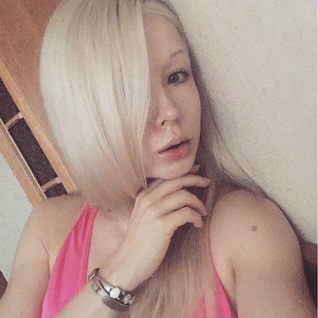 Украинская барби Валерия Лукьянова - фото, без макияжа 9