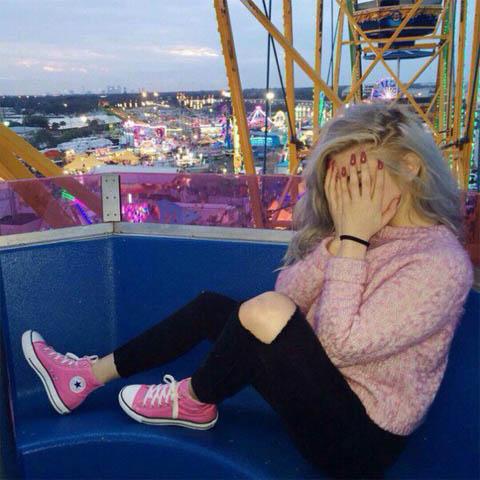 Фото и картинки красивые девушки со спины - на аву, автарку в ВК 3