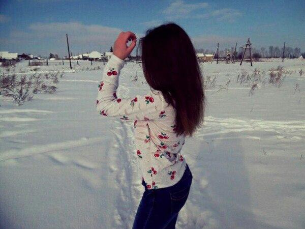 Фото и картинки красивые девушки со спины - на аву, автарку в ВК 6