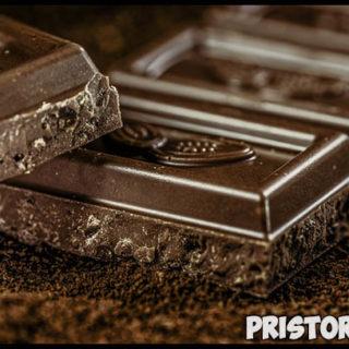 Горький шоколад - польза и вред, состав, калорийность, фото 2