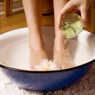 Как сделать ванночки с морской солью для ног в домашних условиях 1