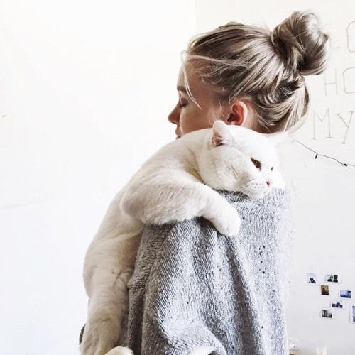Красивые картинки на аватарку для девушек блондинок - скачать бесплатно 17