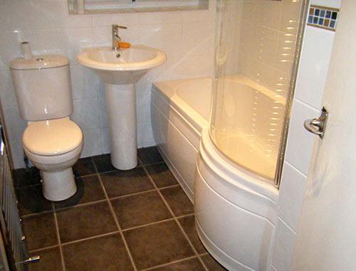 Как сделать ремонт в маленькой ванной своими руками - фото и идеи 27