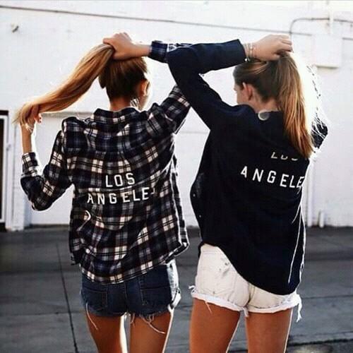 картинки девушек со спины на аву красивые крутые