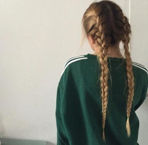 Фото на аву без лица для девушек брюнеток 11 лет
