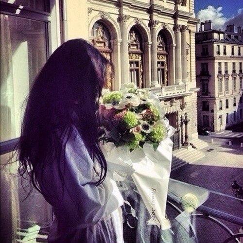 Красивые картинки девушек с цветами - смотреть, скачать бесплатно 7