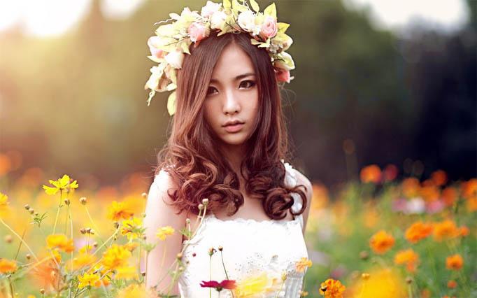 Красивые фото девушек с цветами - скачать, смотреть бесплатно 1