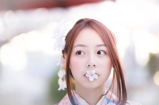 Красивые фото девушек с цветами - скачать, смотреть бесплатно 7