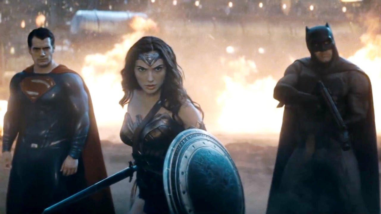 Прикольные картинки Бэтмен против Супермена - смотреть бесплатно 1