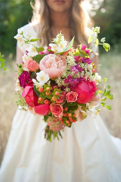 Скачать картинки - девушка с цветами со спины, красивые, крутые 3