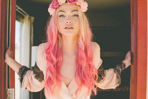 Скачать картинки - девушка с цветами со спины, красивые, крутые 9