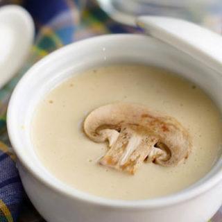 Суп с шампиньонами и плавленным сыром - рецепт и приготовление 1