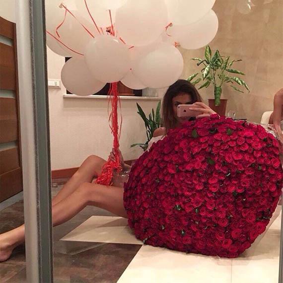 Фото девушек с цветами - красивые, прикольные, удивительные 4