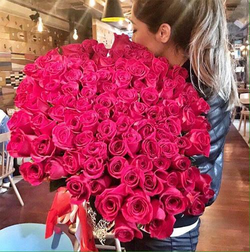 Фото девушек с цветами - красивые, прикольные, удивительные 7