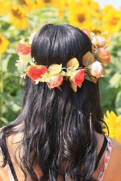 Девушки со спины с цветами на аву - красивые, классные, прикольные 8