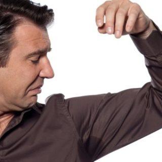 Как избавиться от запаха пота под мышками и на одежде 2