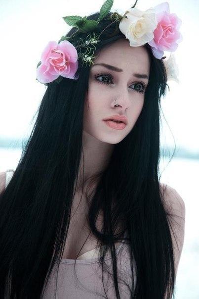 Красивые фото девушек с цветами без лица - удивительные, прикольные 11